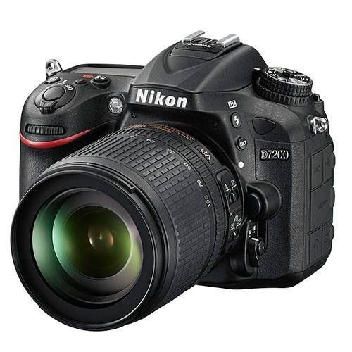 Nikon D7200 Digital SLR with 18-105mm Lens
