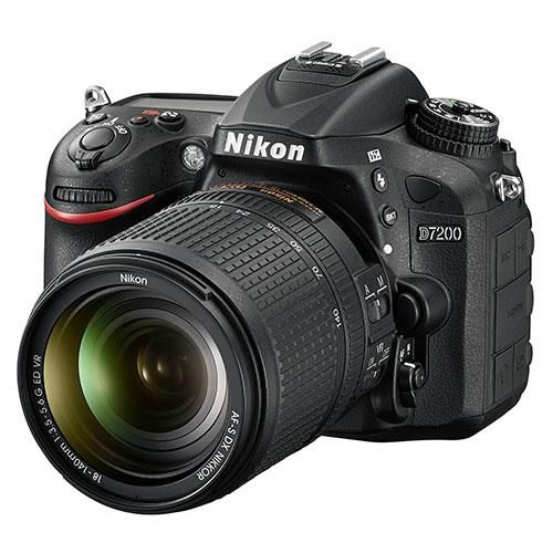 Nikon D7200 Digital SLR with 18-140mm f/3.5-5.6G ED VR Lens