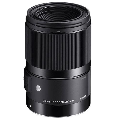 Sigma 70mm f2.8 DG Macro I A lens for Sigma